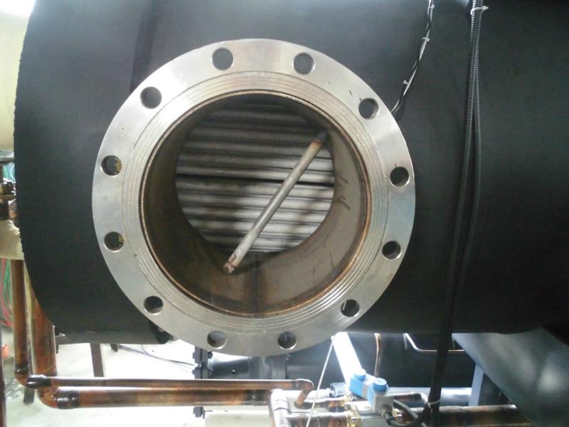 蒸发器采用304不锈钢铜